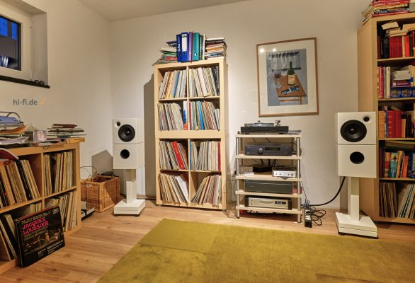 Sehring Audio Systeme 2-Wege-Lautsprecher M802 mit schmalem Sehringstativ und Basisplatte